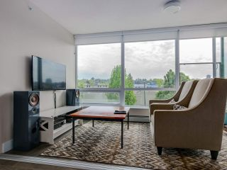 "Photo 6: 315 1783 MANITOBA Street in Vancouver: False Creek Condo for sale in ""RESIDENCES AT WEST"" (Vancouver West)  : MLS®# R2226250"