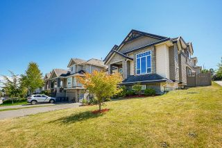 """Photo 3: 14616 76A Avenue in Surrey: East Newton House for sale in """"Chimney Hill"""" : MLS®# R2603875"""