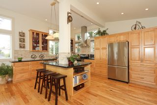 Photo 9: 1178 Dolphin Street: White Rock Home for sale ()  : MLS®# F1111485