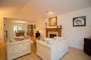 Photo 4: 835 STRATHAVEN Drive in North Vancouver: Windsor Park NV House for sale : MLS®# R2551988