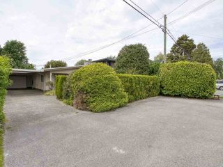 """Photo 21: 233 67 Street in Tsawwassen: Boundary Beach House for sale in """"Bounday Bay"""" : MLS®# R2455324"""
