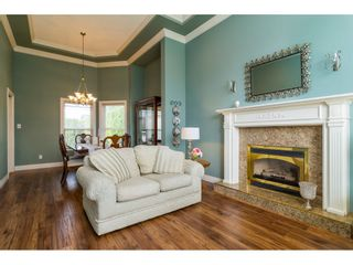 """Photo 5: 20595 97B Avenue in Langley: Walnut Grove House for sale in """"DERBY HILLS"""" : MLS®# R2156981"""