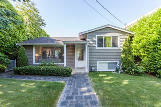 Photo 1: 15288 ROYAL Ave: White Rock Home for sale ()  : MLS®# F1442674