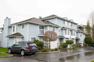 """Photo 2: 2 13919 70 Avenue in Surrey: East Newton Townhouse for sale in """"UPTON PLACE"""" : MLS®# R2564561"""