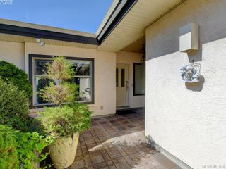 Photo 3: 29 4360 Emily Carr Dr in VICTORIA: SE Broadmead Row/Townhouse for sale (Saanich East)  : MLS®# 816776