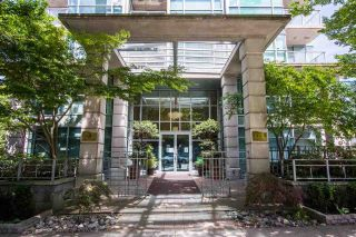 """Photo 14: 1011 1889 ALBERNI Street in Vancouver: West End VW Condo for sale in """"LORD STANLEY"""" (Vancouver West)  : MLS®# R2590069"""