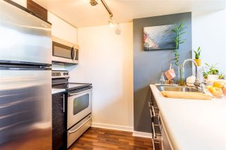 """Photo 4: 302 1 E CORDOVA Street in Vancouver: Downtown VE Condo for sale in """"CARRALL ST STATION"""" (Vancouver East)  : MLS®# R2502376"""