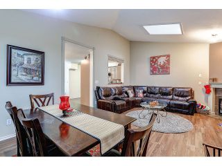 Photo 10: 704 8260 162A STREET in Surrey: Fleetwood Tynehead Townhouse for sale : MLS®# R2019432