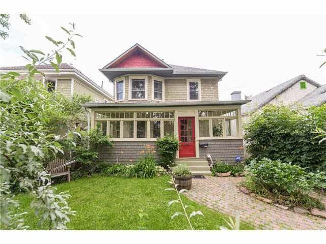 Main Photo: 9752 89 Avenue NW in Edmonton: Strathcona House for sale : MLS®# E346567