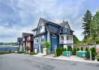Photo 2: 20 14450 68 Avenue in Surrey: East Newton Townhouse for sale : MLS®# R2404763