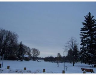 Photo 10: 921 BYNG Place in WINNIPEG: Fort Garry / Whyte Ridge / St Norbert Residential for sale (South Winnipeg)  : MLS®# 2900315