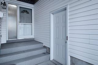 Photo 4: 328 Templeton Circle NE in Calgary: Temple Detached for sale : MLS®# A1074791