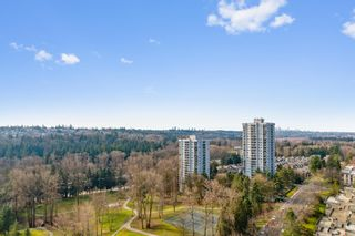 """Photo 17: 2007 9521 CARDSTON Court in Burnaby: Government Road Condo for sale in """"CONCORD PLACE"""" (Burnaby North)  : MLS®# R2524995"""