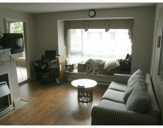 "Photo 7: 307 1242 TOWN CENTRE Boulevard in Coquitlam: Canyon Springs Condo for sale in ""THE KENNEDY"" : MLS®# V771768"