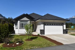Photo 1: 46 20118 BEACON Road in Hope: Hope Silver Creek House for sale : MLS®# R2569725