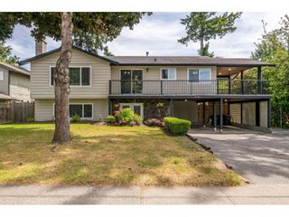 "Photo 1: 6264 181A Street in Surrey: Cloverdale BC House for sale in ""Hilltop"" (Cloverdale)  : MLS®# R2392010"