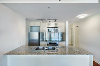 """Photo 10: 1205 788 HAMILTON Street in Vancouver: Downtown VW Condo for sale in """"TV TOWER 1"""" (Vancouver West)  : MLS®# R2614226"""