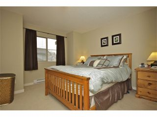 """Photo 8: 72 19250 65TH Avenue in Surrey: Clayton Townhouse for sale in """"SUNBERRY COURT"""" (Cloverdale)  : MLS®# F1302925"""