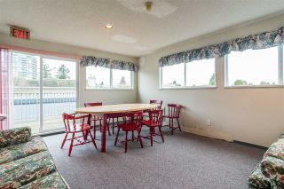 """Photo 16: 301 1341 GEORGE Street: White Rock Condo for sale in """"Oceanview"""" (South Surrey White Rock)  : MLS®# R2335538"""