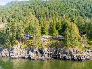 Photo 3: 8065 PASCO Road in West Vancouver: Howe Sound House for sale : MLS®# R2555619