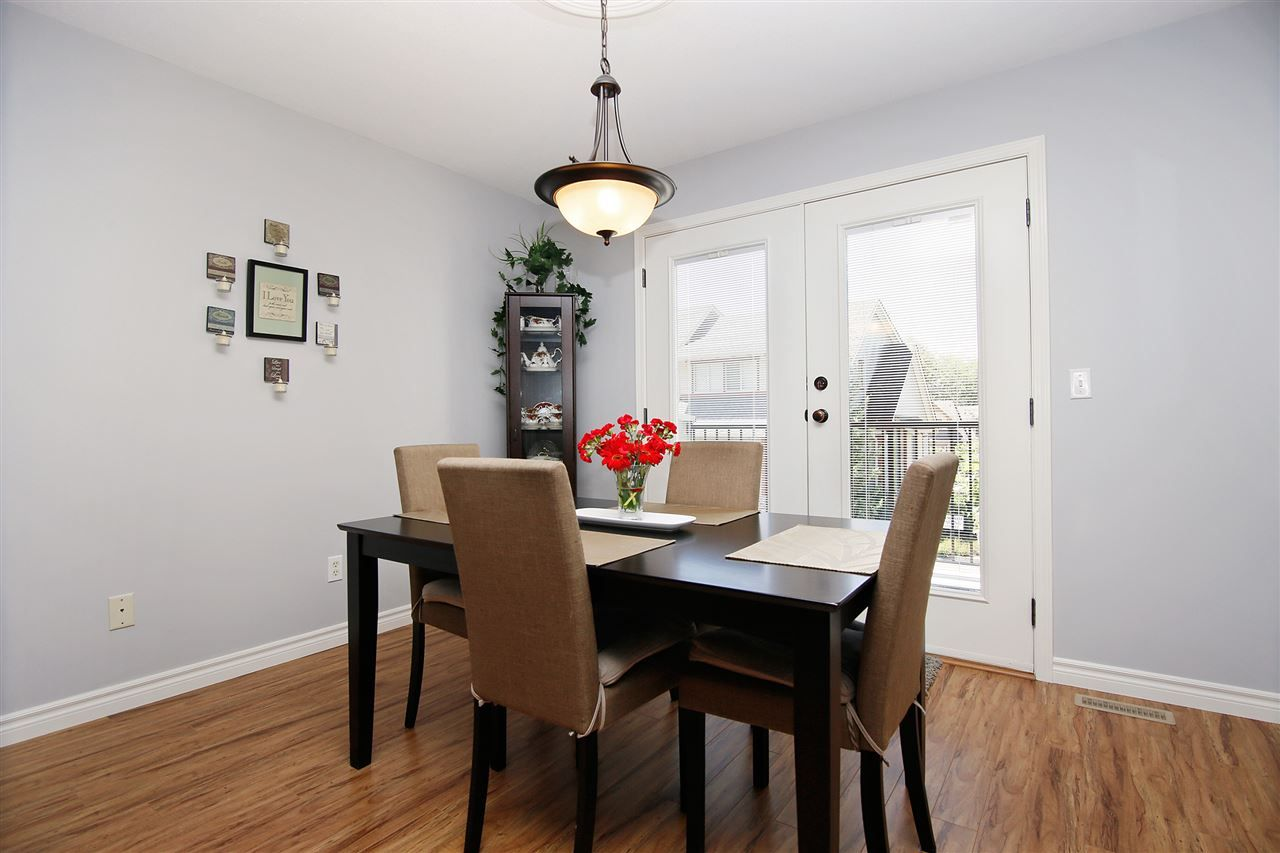 """Photo 6: Photos: 2 46840 RUSSELL Road in Sardis: Promontory Townhouse for sale in """"TIMBER RIDGE"""" : MLS®# R2197387"""