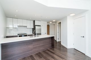 """Photo 11: 511 3557 SAWMILL Crescent in Vancouver: South Marine Condo for sale in """"One Town Centre"""" (Vancouver East)  : MLS®# R2569435"""