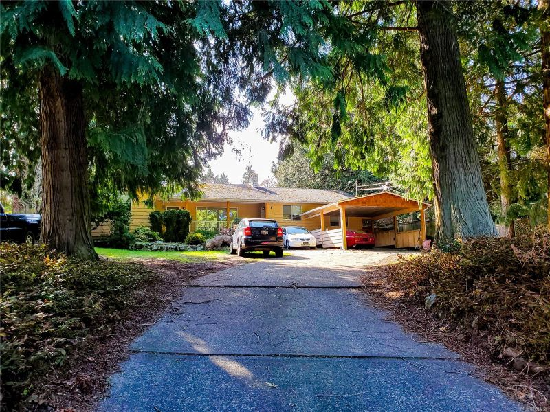 FEATURED LISTING: 6131 Parkway Dr