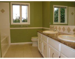 Photo 8: 11633 203RD Street in Maple_Ridge: Southwest Maple Ridge House for sale (Maple Ridge)  : MLS®# V682020