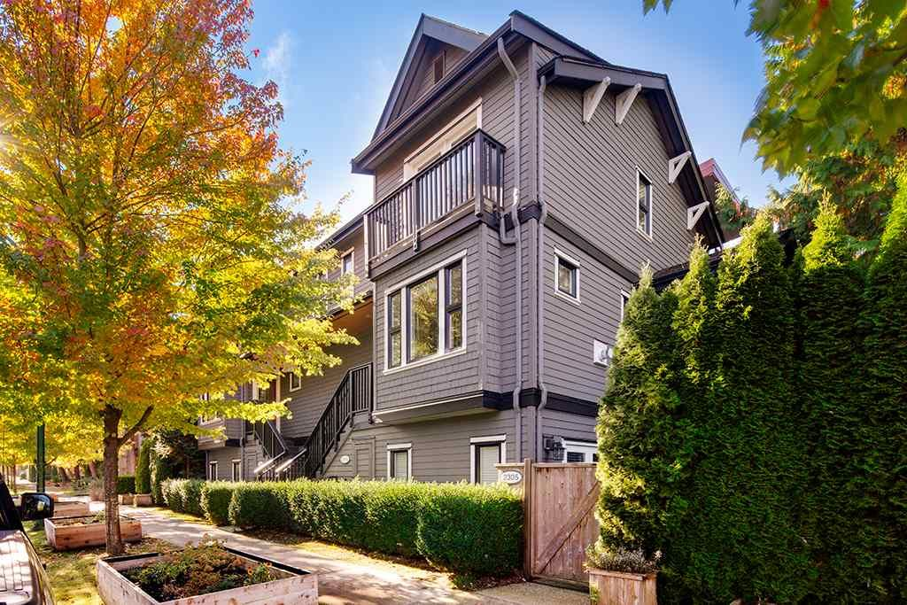 "Main Photo: 2315 MCLEAN Drive in Vancouver: Grandview Woodland Townhouse for sale in ""EcoViva"" (Vancouver East)  : MLS®# R2514438"