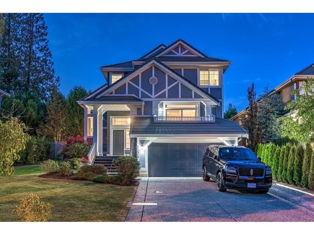 Main Photo: 15517 ROSEMARY HEIGHTS Crescent in Surrey: Morgan Creek House for sale (South Surrey White Rock)  : MLS®# R2615728