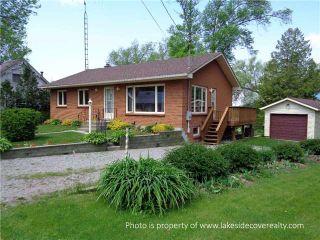 Photo 1: 4 Ridge Avenue in Ramara: Brechin House (Bungalow) for sale : MLS®# X3452595