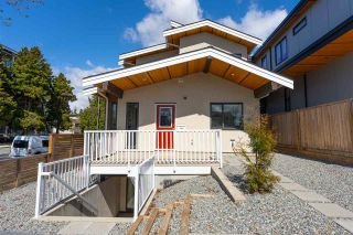 Main Photo: 200 E 18TH Street in North Vancouver: Central Lonsdale 1/2 Duplex for sale : MLS®# R2566597