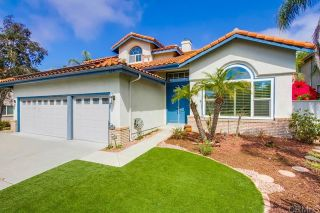Photo 2: House for sale : 4 bedrooms : 4891 Glenhollow Circle in Oceanside