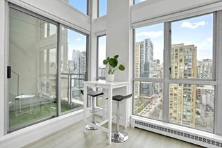 "Photo 19: 1606 1238 RICHARDS Street in Vancouver: Yaletown Condo for sale in ""Metropolis"" (Vancouver West)  : MLS®# R2539296"