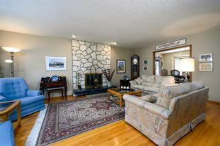 Photo 4: 2941 Lindstrom Drive SW in Calgary: Lakeview Detached for sale : MLS®# A1082838