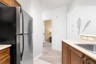 """Photo 10: 104 2175 SALAL Drive in Vancouver: Kitsilano Condo for sale in """"Sovana"""" (Vancouver West)  : MLS®# R2604772"""