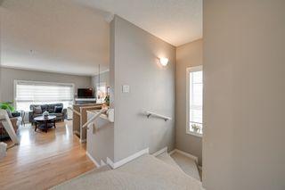 Photo 3: 2508 HANNA Crescent in Edmonton: Zone 14 Townhouse for sale : MLS®# E4264463