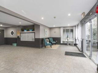 """Photo 16: 216 2559 PARKVIEW Lane in Port Coquitlam: Central Pt Coquitlam Condo for sale in """"THE CRESCENT"""" : MLS®# R2156465"""