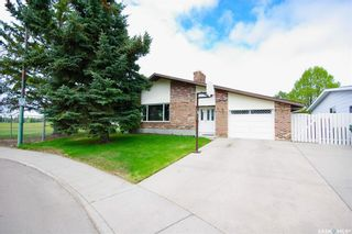 Photo 1: 127 OBrien Crescent in Saskatoon: Silverwood Heights Residential for sale : MLS®# SK856116