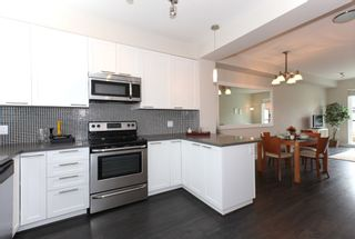 Photo 12: 2228 162 STREET in South Surrey White Rock: Grandview Surrey Home for sale ()  : MLS®# R2105946