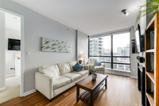 """Photo 3: 1002 170 W 1ST Street in North Vancouver: Lower Lonsdale Condo for sale in """"ONE PARK LANE"""" : MLS®# R2528414"""