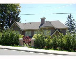 """Photo 1: 281 E QUEENS Road in North_Vancouver: Upper Lonsdale Townhouse for sale in """"QUEENS COURT"""" (North Vancouver)  : MLS®# V659757"""