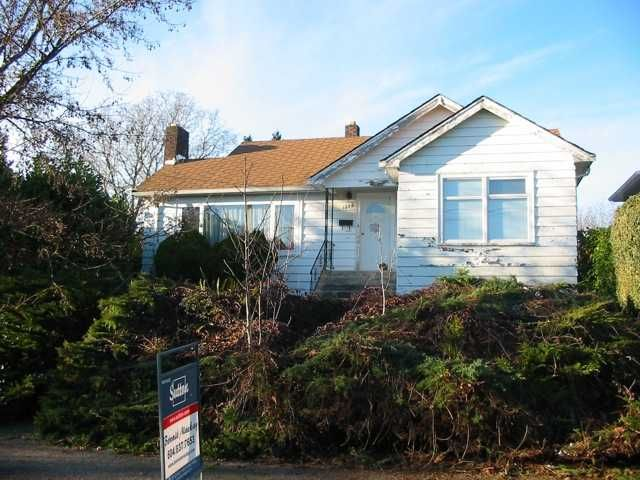 """Main Photo: 1525 LONDON Street in New Westminster: West End NW House for sale in """"WEST END"""" : MLS®# V861298"""