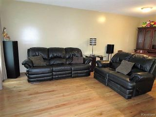 Photo 4: 74 Forest Cove Drive in Winnipeg: Meadows West Single Family Detached for sale (4L)  : MLS®# 1716243