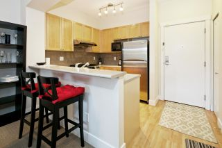 Photo 7: 220 2280 WESBROOK Mall in Vancouver: University VW Condo for sale (Vancouver West)  : MLS®# R2049379