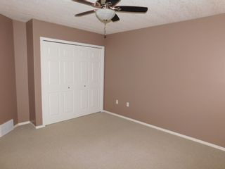 Photo 15: 3 Bedroom half Duplex in Westgrove area of Edson, AB