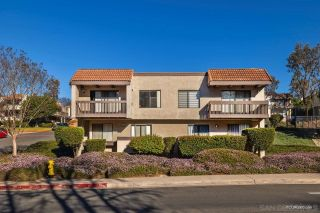 Photo 3: SAN DIEGO Townhouse for sale : 4 bedrooms : 6643 Reservoir Ln