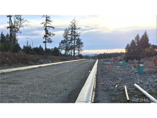 Main Photo: Lot 17 Bellamy Link in VICTORIA: La Thetis Heights Land for sale (Langford)  : MLS®# 717505