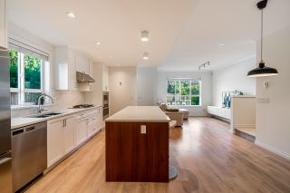 """Photo 6: 4 10611 GILBERT Road in Richmond: Woodwards Townhouse for sale in """"Preston"""" : MLS®# R2591228"""