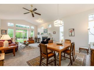 """Photo 12: 98 9012 WALNUT GROVE Drive in Langley: Walnut Grove Townhouse for sale in """"Queen Anne Green"""" : MLS®# R2456444"""